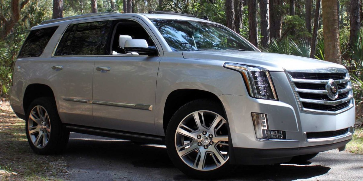 Cadillac Escalade Denver Summer Driving